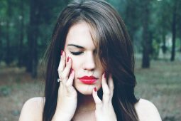 17 Habits of the Self-Destructive Person image