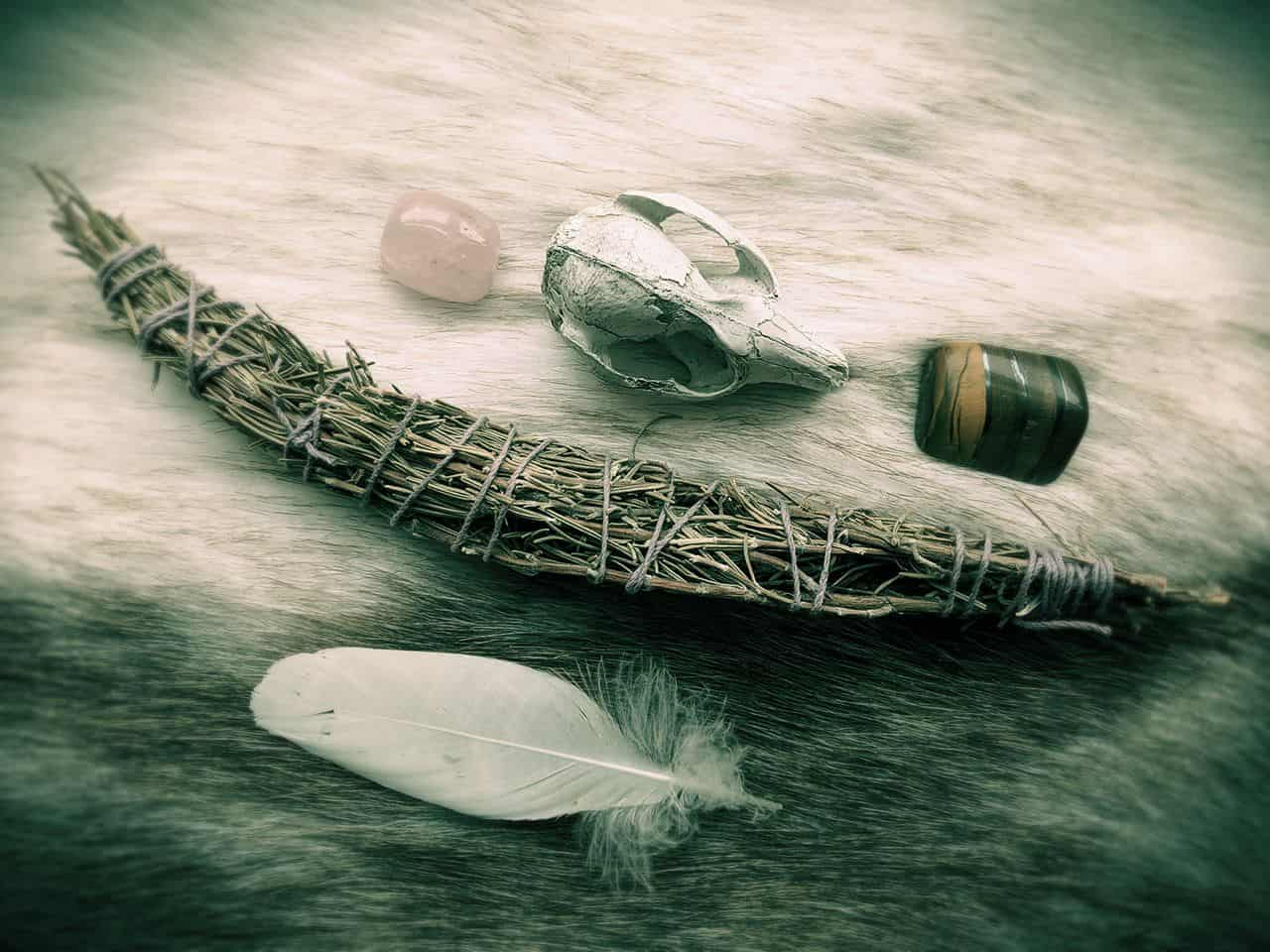 How to Make a Smudge Stick – Affordable, DIY, Organic ⋆ LonerWolf