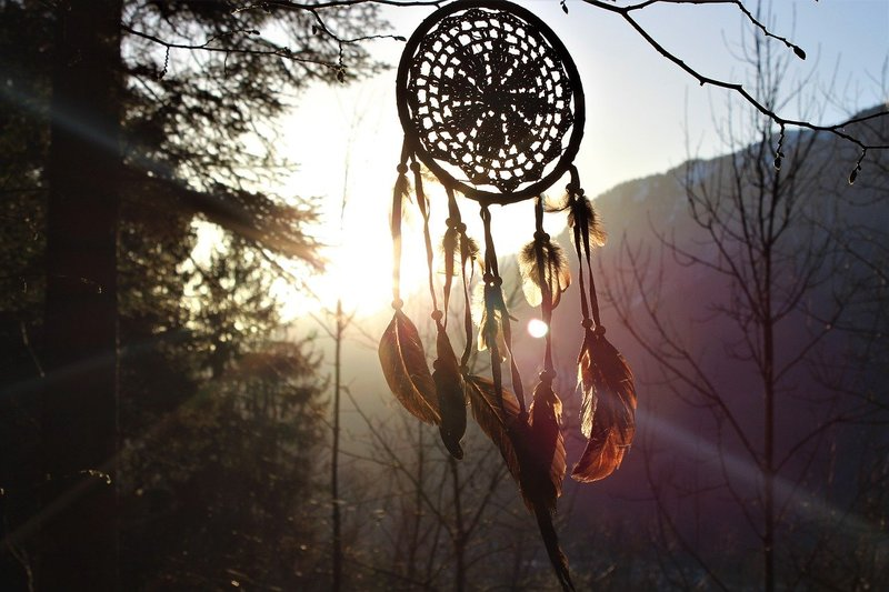 Image of a dream catcher in the sun