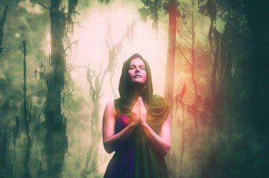 Image of a spiritual woman praying