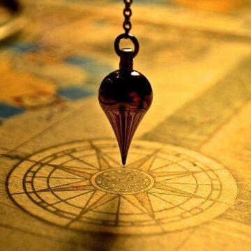Dowsing Pendulum image